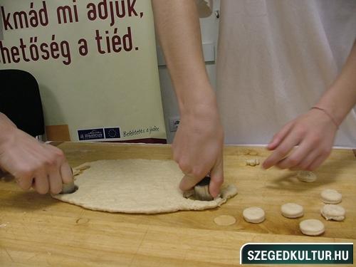 oalyavalasztasivasar2012osz031