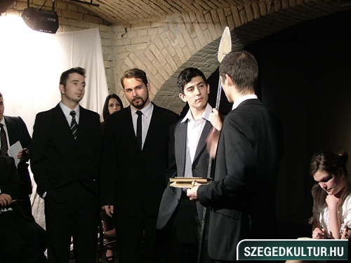SZESZ-Rohadt-az-allamgepben-valami006
