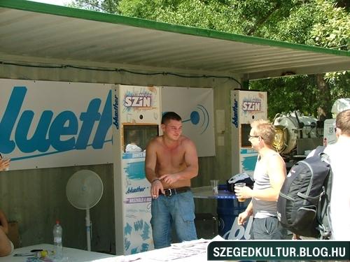SZIN2012elso045
