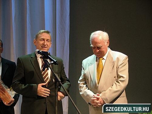 szinhazievadnyito-2012003