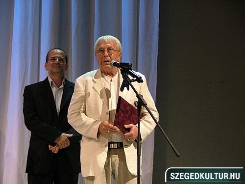 szinhazievadnyito-2012007