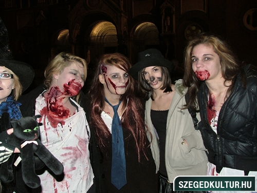 Vampirok-es-zombikfmob2012003