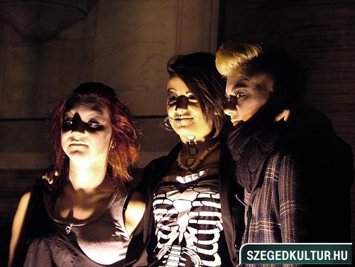Vampirok-es-zombikfmob2012007