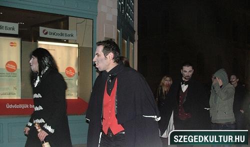 Vampirok-es-zombikfmob2012009