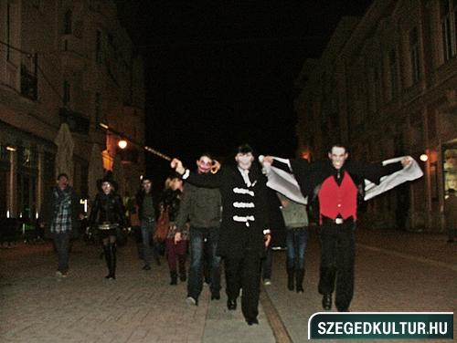 Vampirok-es-zombikfmob2012010
