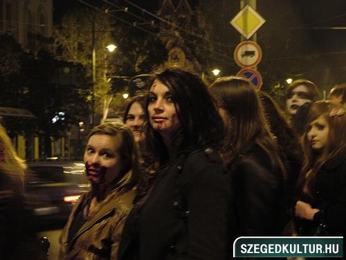 Vampirok-es-zombikfmob2012012